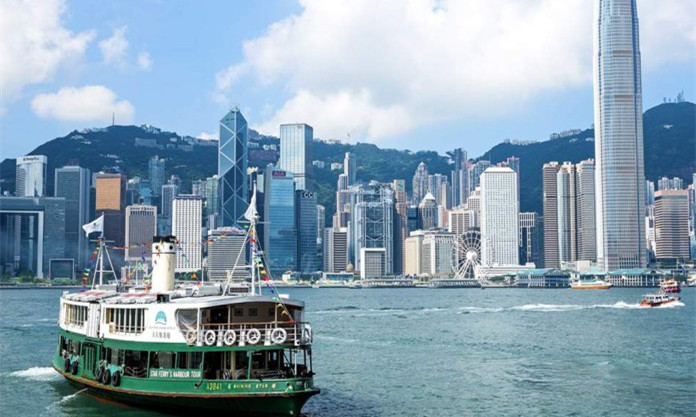 A Blanket Ban On Cryptocurrency Trading Is Unnecessary, Says Hong Kong's Top Financial Regulator